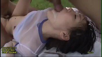 Airi Suzumura รุมลงแขกเย็ดทั้งหีทั้งปากจนน้ำว่าวแตกคาปากไม่สนเย็ดต่อ
