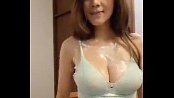 Pornน้องแนท สามสิบแล้วแต่ยังแจ๋ว โชว์ไลฟสดหน้ากล้องXXX สุดๆนมยังโตเหมือนเดิมเลยนะคนดี