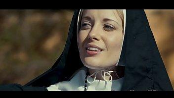the nun ฉบับเลสเบี้ยน18+ ผลัดกันเกี่ยวหีซะอย่างงั้น แม่ชีสายเงี่ยน ช่วยตัวเองแล้วชวนเพื่อนมาเสียว
